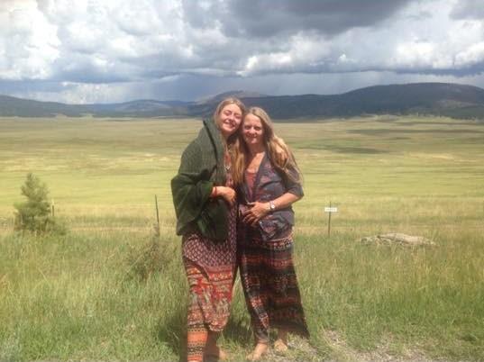 Schamanische Klangreisen, Hannah und Dorothea in Taos, New Mexico